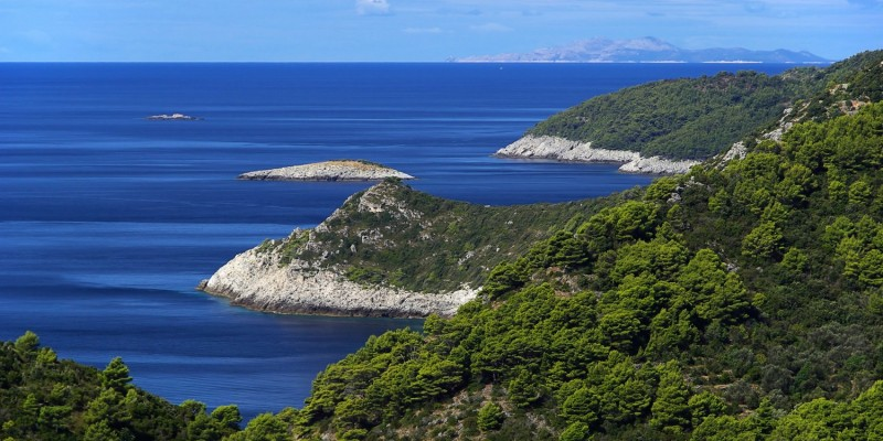 Schöne Küste in Kroatien